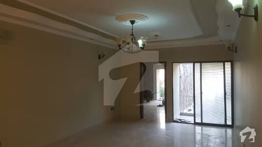 Super Luxury 1800 Sqft Extensively Renovated Apartment In Hassan Center
