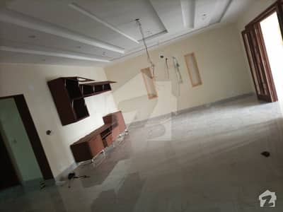 4500  Square Feet Upper Portion In Lda Avenue - Block F For Rent At Good Location