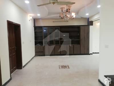 Single Storey House Available For Rent