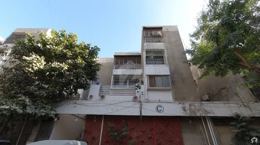 1750 Square Feet Flat Ideally Situated In Gulshan-e-Iqbal Town