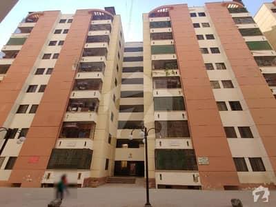 گلستانِِ جوہر ۔ بلاک 13 گلستانِ جوہر کراچی میں 1 کمرے کا 4 مرلہ کمرہ 20 ہزار میں کرایہ پر دستیاب ہے۔