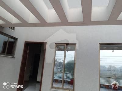 او پی ایف ہاؤسنگ سکیم لاہور میں 5 کمروں کا 1 کنال مکان 4.5 کروڑ میں برائے فروخت۔