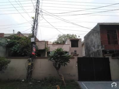 2250  Square Feet House Is Available For Rent