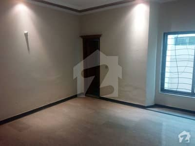 One Kanal 03 Bed Room Lower Portion Tile Flooring House