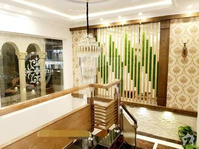 بحریہ ٹاؤن اوورسیز B بحریہ ٹاؤن اوورسیز انکلیو بحریہ ٹاؤن لاہور میں 5 کمروں کا 1 کنال مکان 1.8 لاکھ میں کرایہ پر دستیاب ہے۔