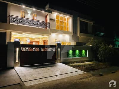 بش ایگزیکٹو ولاز ملتان میں 3 کمروں کا 5 مرلہ مکان 1.1 کروڑ میں برائے فروخت۔