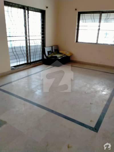 8 Marla Lower Portion For Rent