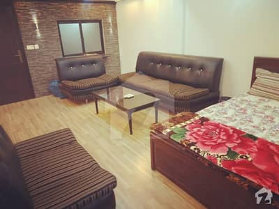 Fully Furnished Studio Apartment For Rent 450 Squire Feet