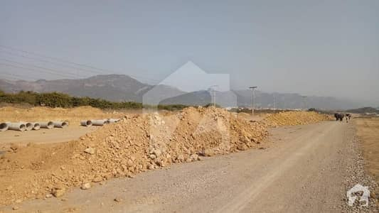 10 Marla Double Road Corner Plot For Sale