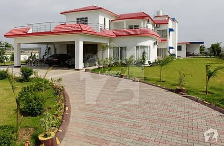 Chak Shehzad 20 Kanal Built Developed Farm House Available For Sale
