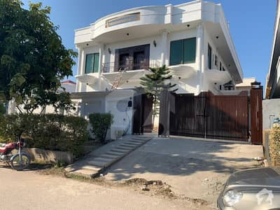 A Stunning House Is Up For Grabs In F-10 Islamabad