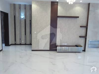 2 Kanal Brand New Bungalow With Swimming Pool Central Location