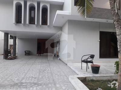 ڈی ایچ اے فیز 6 ڈی ایچ اے کراچی میں 6 کمروں کا 2 کنال مکان 12 کروڑ میں برائے فروخت۔