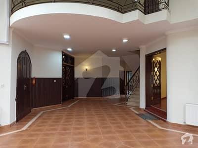 ایف ۔ 6/3 ایف ۔ 6 اسلام آباد میں 5 کمروں کا 1.33 کنال مکان 4.5 لاکھ میں کرایہ پر دستیاب ہے۔
