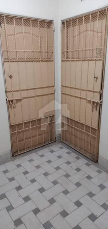 نارتھ کراچی - سیکٹر 5-کے نارتھ کراچی کراچی میں 2 کمروں کا 4 مرلہ فلیٹ 55 لاکھ میں برائے فروخت۔