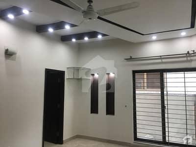 ایڈن سٹی - بلاک سی ایڈن سٹی ایڈن لاہور میں 2 کمروں کا 1 کنال بالائی پورشن 45 ہزار میں کرایہ پر دستیاب ہے۔