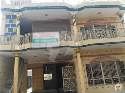 House Of 1000  Square Feet Available In Shah Khalid Colony