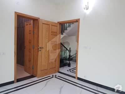 ڈی ایچ اے فیز 6 ڈیفنس (ڈی ایچ اے) لاہور میں 3 کمروں کا 5 مرلہ مکان 75 ہزار میں کرایہ پر دستیاب ہے۔