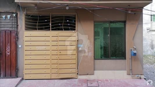 شیرشاہ کالونی - راؤنڈ روڈ لاہور میں 3 کمروں کا 3 مرلہ مکان 60 لاکھ میں برائے فروخت۔