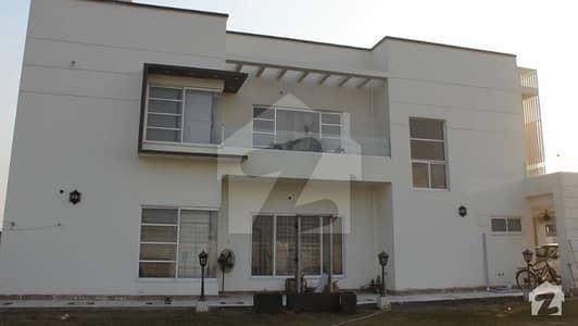 لیک سٹی ۔ سیکٹر ایم ۔ 3 لیک سٹی رائیونڈ روڈ لاہور میں 5 کمروں کا 2 کنال مکان 7.2 کروڑ میں برائے فروخت۔