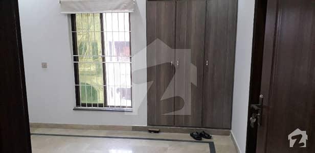 لیک سٹی ۔ سیکٹرایم ۔ 7 لیک سٹی رائیونڈ روڈ لاہور میں 4 کمروں کا 5 مرلہ مکان 1.3 کروڑ میں برائے فروخت۔