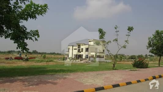 50x50 Commercial Plot Available For Sale In Block C Gulberg Green Islamabad