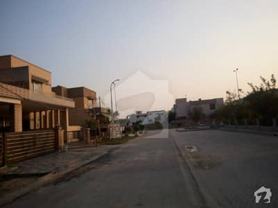 Good 14 Marla House For Sale In Divine Gardens