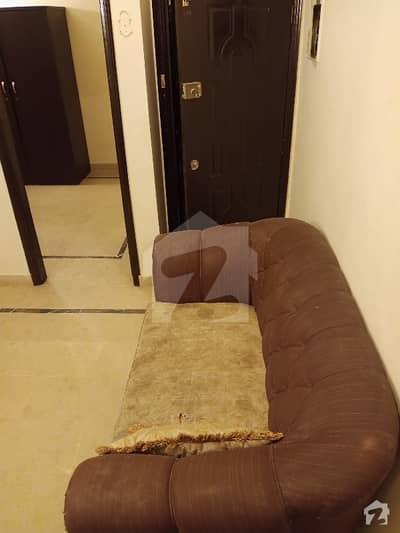 بخاری کمرشل ایریا ڈی ایچ اے فیز 6 ڈی ایچ اے ڈیفینس کراچی میں 1 کمرے کا 2 مرلہ فلیٹ 36 ہزار میں کرایہ پر دستیاب ہے۔
