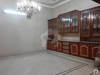الرحمان گارڈن فیز 2 الرحمان گارڈن لاہور میں 4 کمروں کا 10 مرلہ مکان 1.8 کروڑ میں برائے فروخت۔