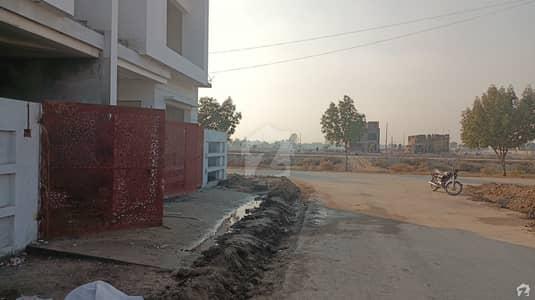 House In Multan Public School Road Sized 5 Marla Is Available