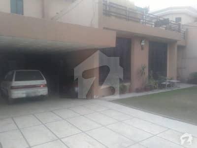 ماڈل ٹاؤن ۔ بلاک کیو ماڈل ٹاؤن لاہور میں 5 کمروں کا 1 کنال مکان 1.75 لاکھ میں کرایہ پر دستیاب ہے۔