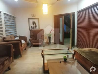 سوئی گیس ہاؤسنگ سوسائٹی لاہور میں 5 کمروں کا 1 کنال مکان 4.4 کروڑ میں برائے فروخت۔