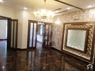 10 Marla Brand New First Entry House In Overseas A Bahria Town Lahore