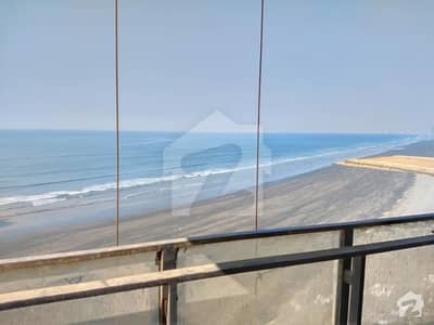Emaar 5 Bed  Penthouse Beautiful Sea Front Unit Right On Arabian Sea 5 Bed