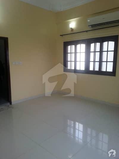 پی ای سی ایچ ایس بلاک 2 پی ای سی ایچ ایس جمشید ٹاؤن کراچی میں 3 کمروں کا 7 مرلہ بالائی پورشن 60 ہزار میں کرایہ پر دستیاب ہے۔