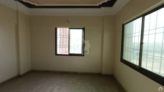2 Bed Drawing Lounge 4th Floor Excellent Condition Flat Available For Sale In Lareb Garden Block 1 Gulshaneiqbal