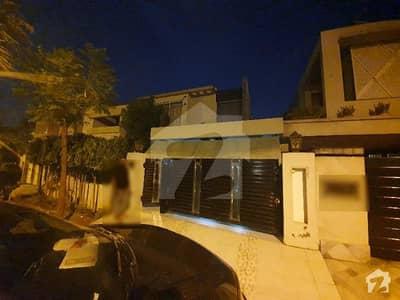 گارڈن ٹاؤن - اورنگزیب بلاک گارڈن ٹاؤن لاہور میں 3 کمروں کا 1 کنال مکان 4.5 کروڑ میں برائے فروخت۔