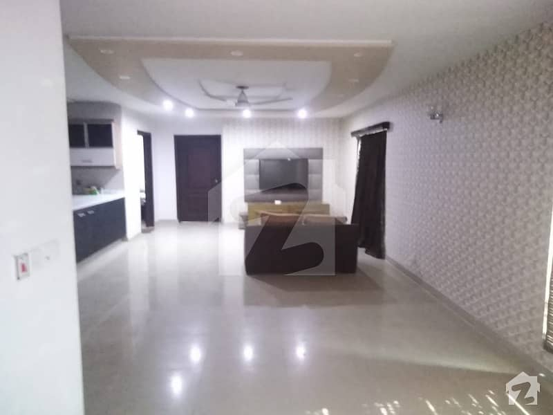10 Marla Fully Renovated Family Apartment In Rehman Gardens Gated Society Near Dha Phase 1 Avenue Mall