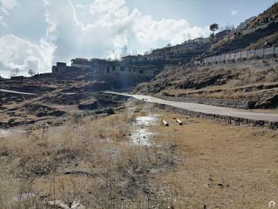 10 Marla Residential Plot Up For Sale In Murree Expressway