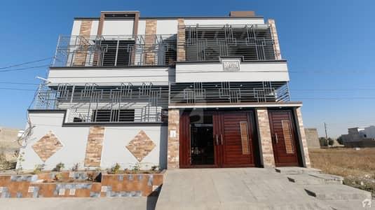 گلشن عثمان ہاؤسنگ سوسائٹی کراچی میں 6 کمروں کا 10 مرلہ مکان 3.5 کروڑ میں برائے فروخت۔