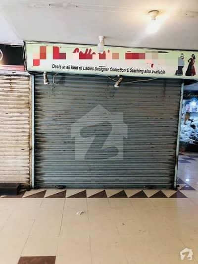 ڈینسو ہال ایم اے جناح روڈ کراچی میں 1 مرلہ دکان 8.5 کروڑ میں برائے فروخت۔