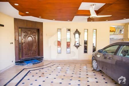 1 kanal Lavish House Available for Sale Bahria Phase 4 Rawalpindi