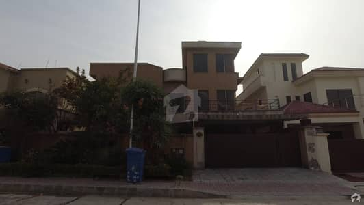 1 Kanal Blvd House Is Available For Sale In Bahria Town Phase 3