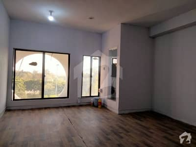 300  Square Feet Office For Sale In Blue Area