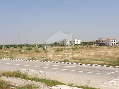 200 Yards Commercial Plot Available For Sale In Dha City Karachi