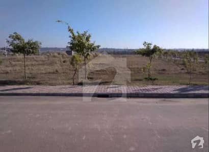 Ideally Located Residential Plot 4500 Square Feet Is Available For Sale In Lahore
