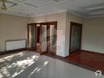 Luxury House Available For Sale In F 7
