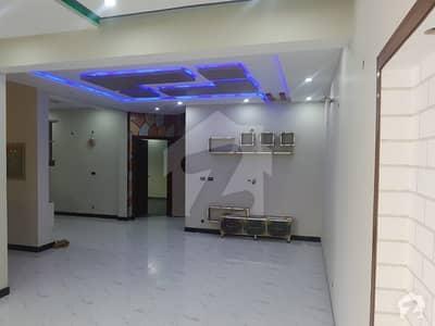 روز گارڈن بحریہ ٹاؤن لاہور میں 5 کمروں کا 8 مرلہ مکان 2.1 کروڑ میں برائے فروخت۔