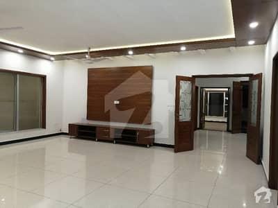 ڈی ایچ اے ڈیفینس فیز 1 ڈی ایچ اے ڈیفینس اسلام آباد میں 5 کمروں کا 1 کنال مکان 5.5 کروڑ میں برائے فروخت۔