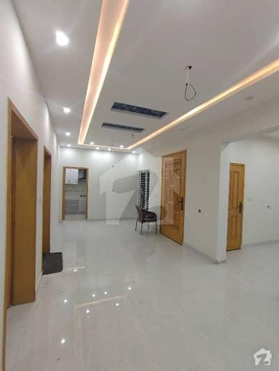 ڈریم گارڈنز ڈیفینس روڈ لاہور میں 2 کمروں کا 8 مرلہ بالائی پورشن 35 ہزار میں کرایہ پر دستیاب ہے۔